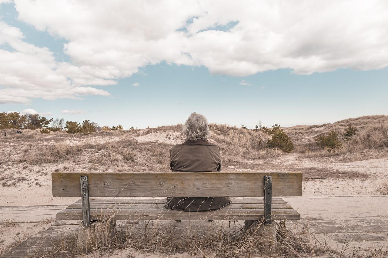 Mobilização on-line contra reajuste para idosos