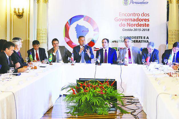Carta de governadores ao Planalto critica política de preços da Petrobras