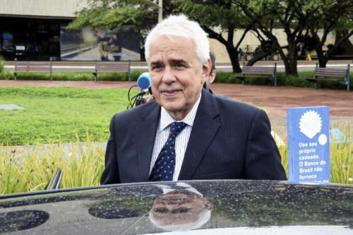 Exclusivo – Castello Branco já tem sala na Petrobras e revisou plano de negócios, dizem fontes