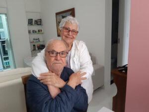 Antônio Costa e esposa