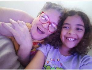 Maria Betini (viúva de Vasco Oscar Nunes) e sua neta Sofia, de 12 anos