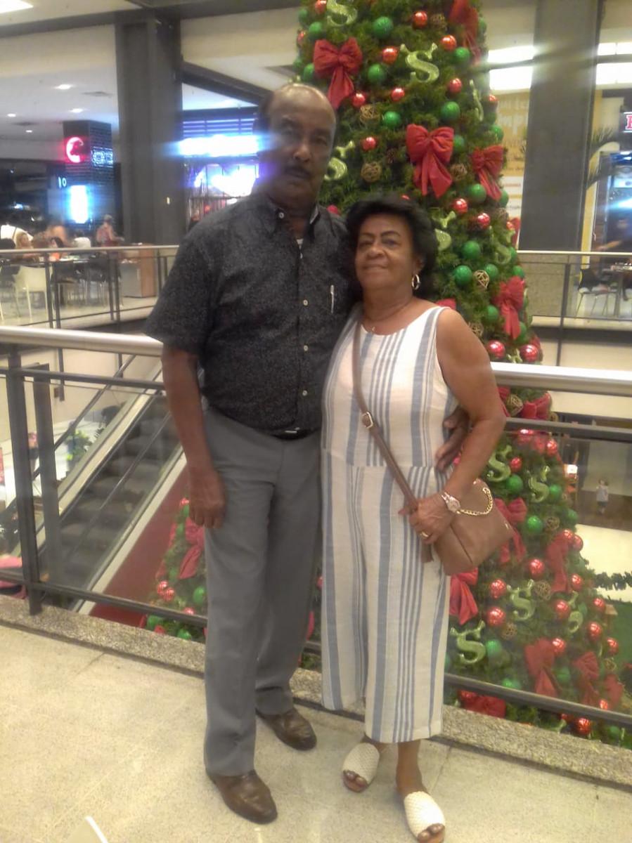Carly Alberto e a esposa Mirian