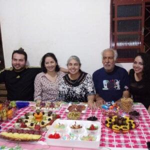 Débora e José, os filhos D'joy, Cinderela e Daniela