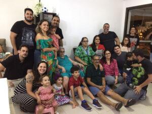 Ieda Terezinha Del Rei (viúva de Mário Soares) e família