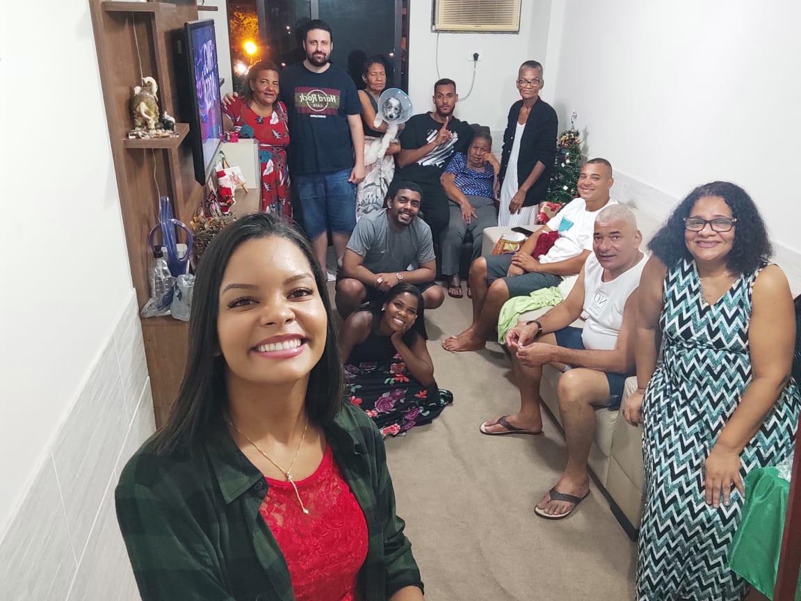 Maria Nila Pires dos Santos, com filhos e netos