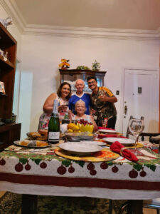 Ubirajara Cabral, a esposa Helenyce, a filha e o neto