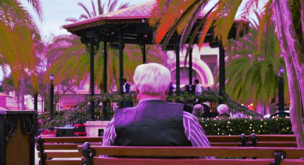 You are currently viewing Fevereiro Roxo: campanha de conscientização sobre as doenças Alzheimer, Fibromialgia e Lúpus